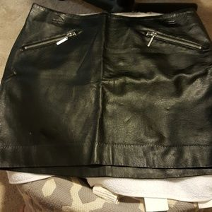 Vegan leather mini skirt w/front zippers NWOT